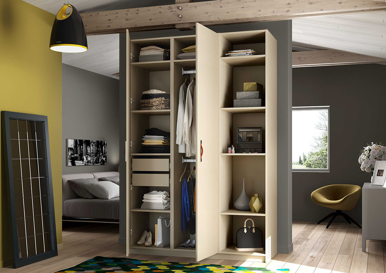 armoire de rangement dans une chambre. Black Bedroom Furniture Sets. Home Design Ideas