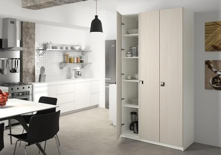 armoire de cuisine sur mesure rangement design pratique. Black Bedroom Furniture Sets. Home Design Ideas